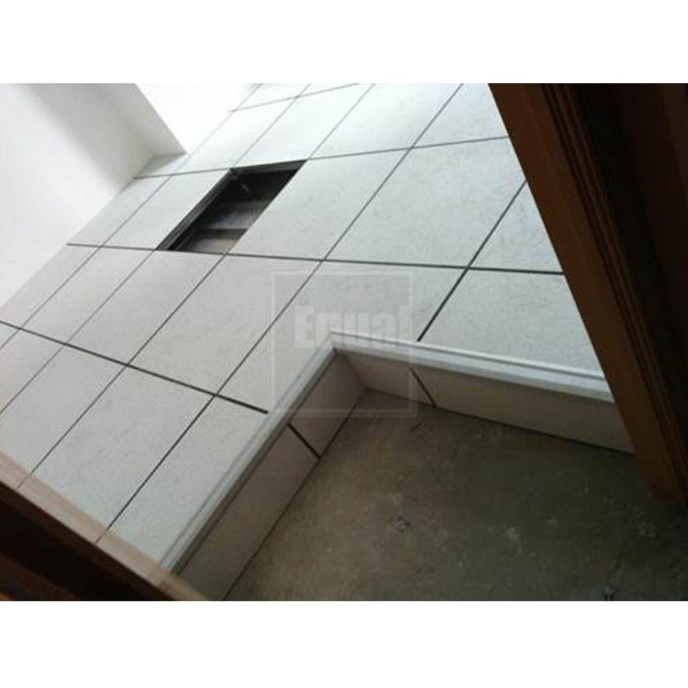 Data center raised floor system equal installation design dailygadgetfo Choice Image